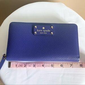 Kate Spade   Long zippered wallet